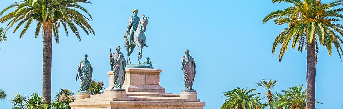 Statue de la Place du Diamant Ajaccio