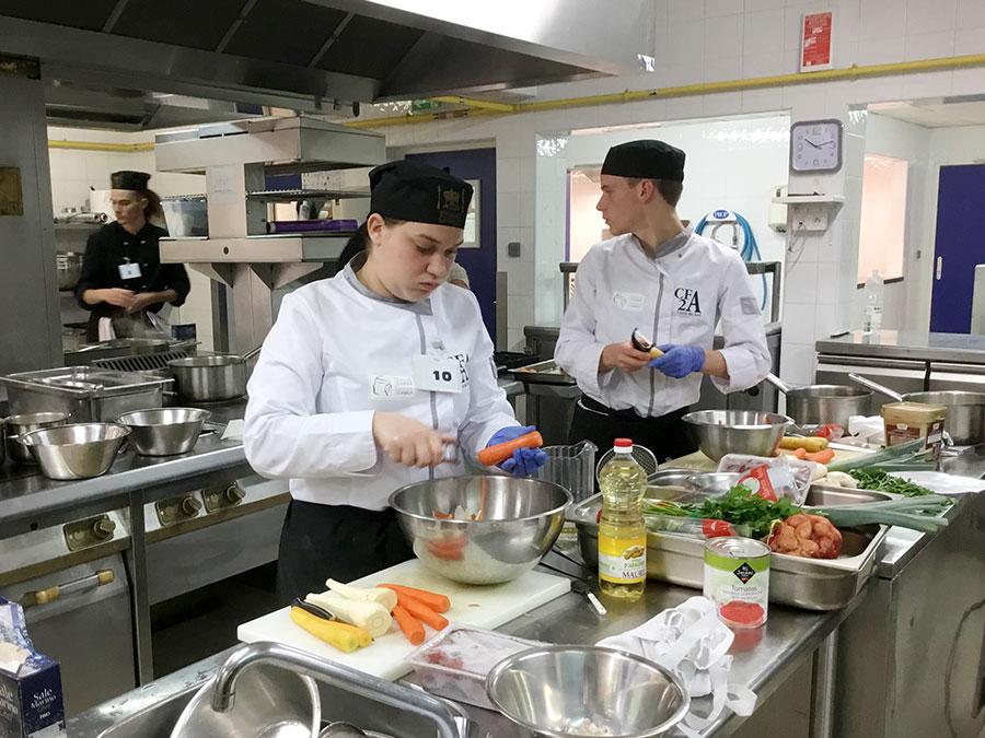 Concours culinaire napoléonien : dans les cuisines