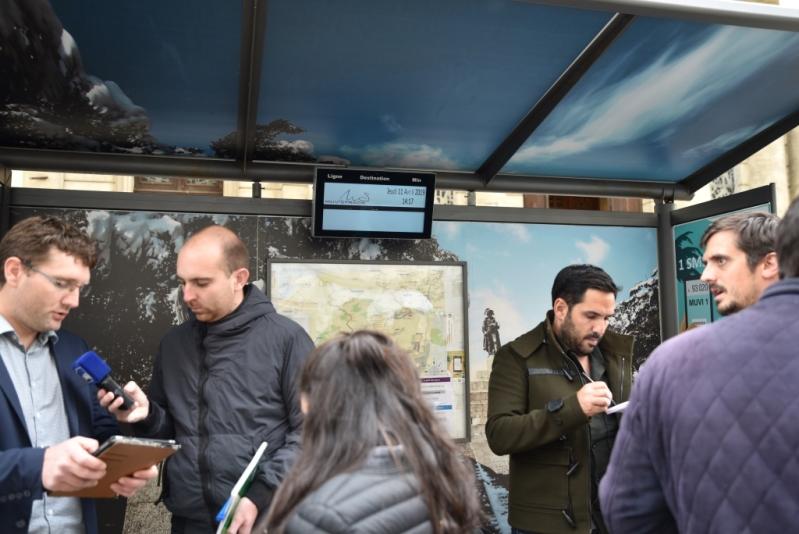La borne d'information voyageurs à l'arrêt St Roch